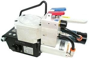 Eym-Siat Poli lt 10-19(İTALYA) modeli ile kullanım kolaylığı sağlayan bir havalı çember makinesidir.